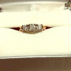 Jewelry - 🌹🌹10k rose gold diamond ring🌹🌹